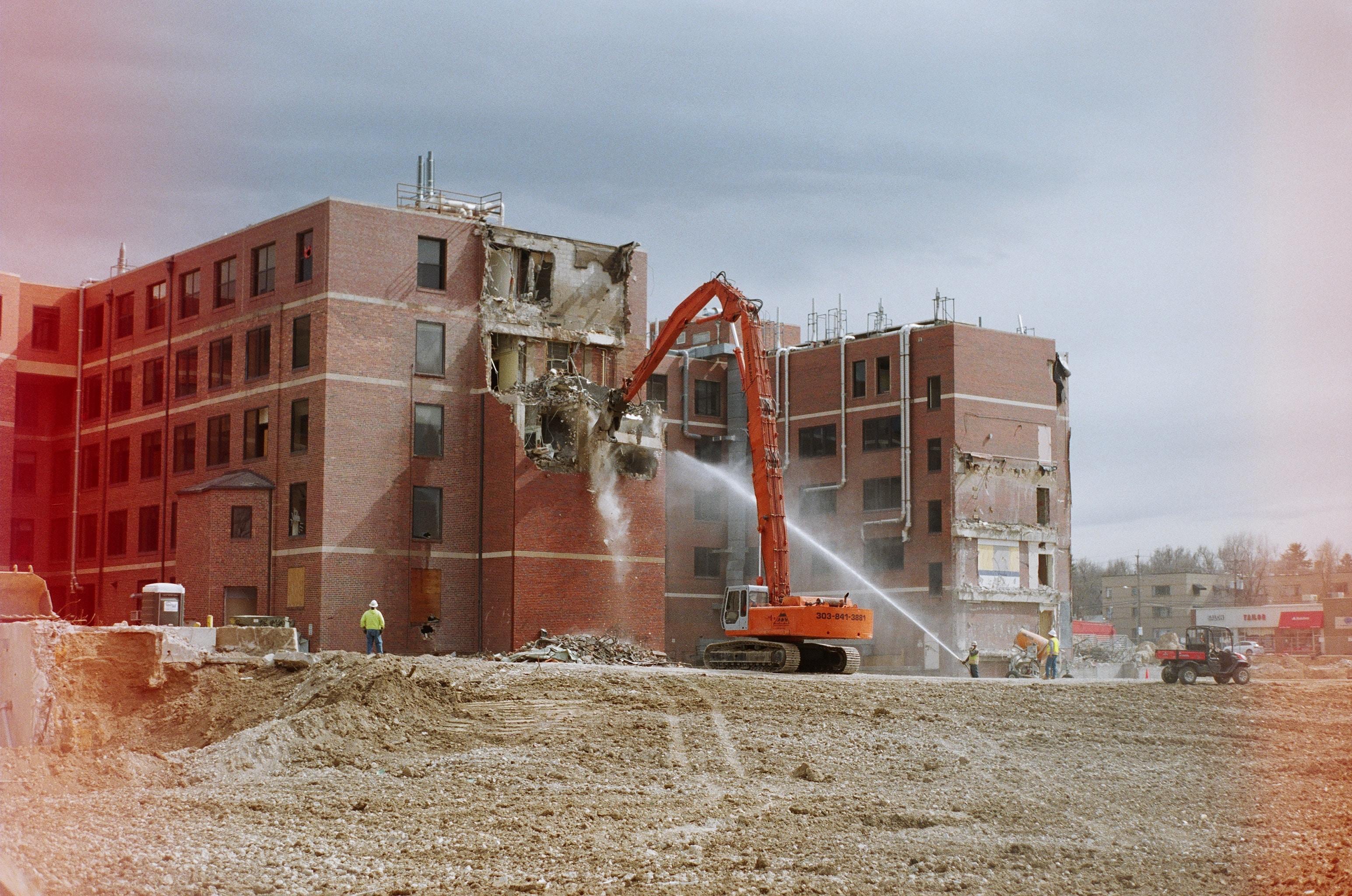 Les précautions à prendre lors de travaux de démolition